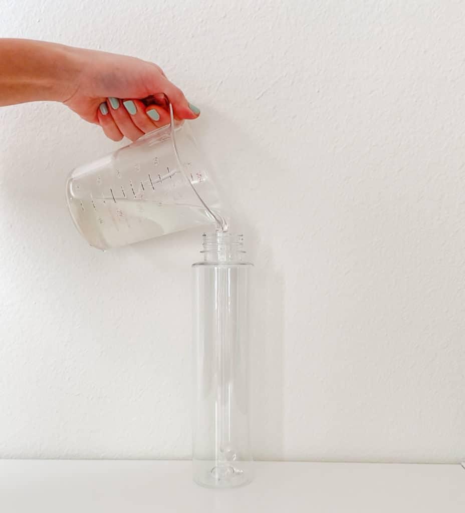 How to Make Calming Glitter Sensory Bottles