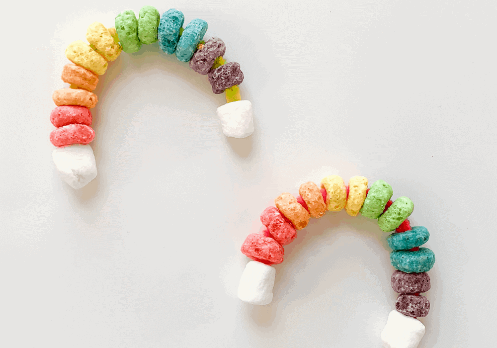 Fruit Loops Rainbow Craft for Toddlers and Preschoolers